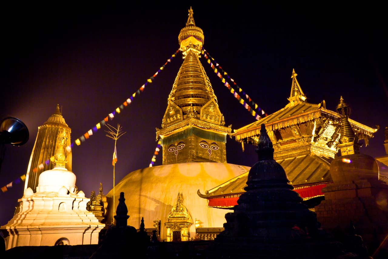swayambhunath-with-lights
