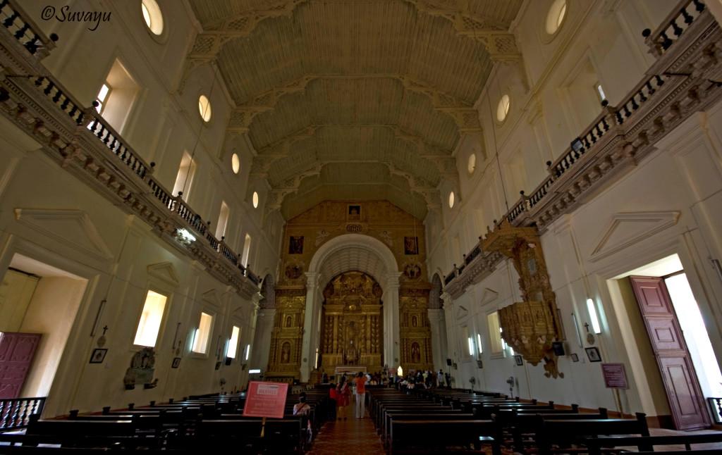 Basilica of Bom Jesus Goa Tour